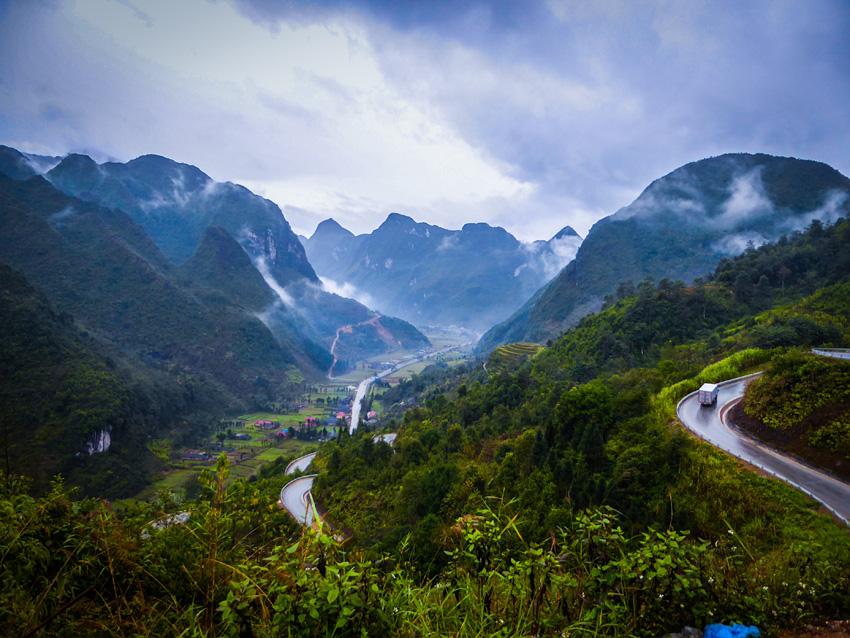 Eindeloze wegen in Ha Giang Dong Van Motorbike lus Vietnam