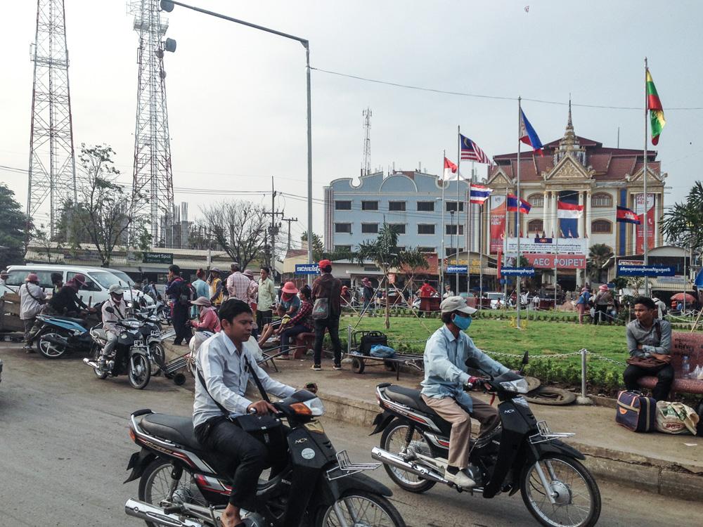 Border crossing Thailand Cambodia