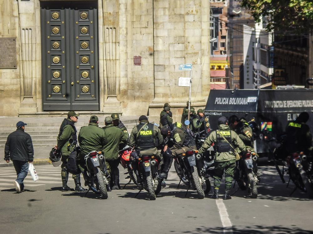 Local Police La Paz - Bolivia