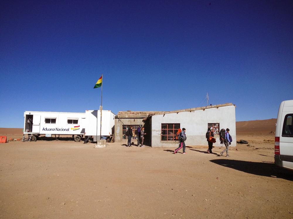 Border Chile Bolivia Salar de Uyuni