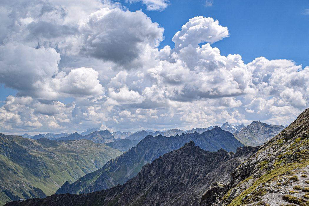 Sankt Antönier Joch Gargellen smokkelpad hike